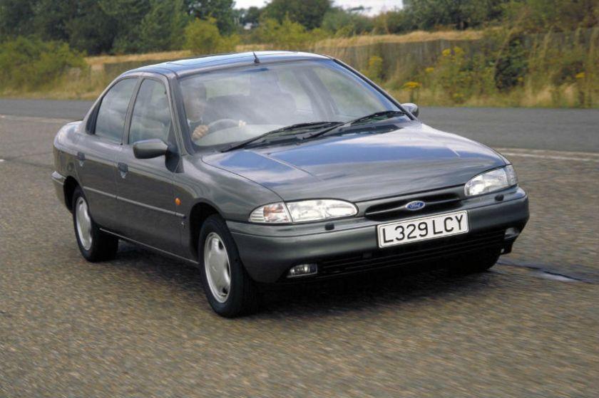 1994 Ford Mondeo Ghia: www.arnoldclark.com