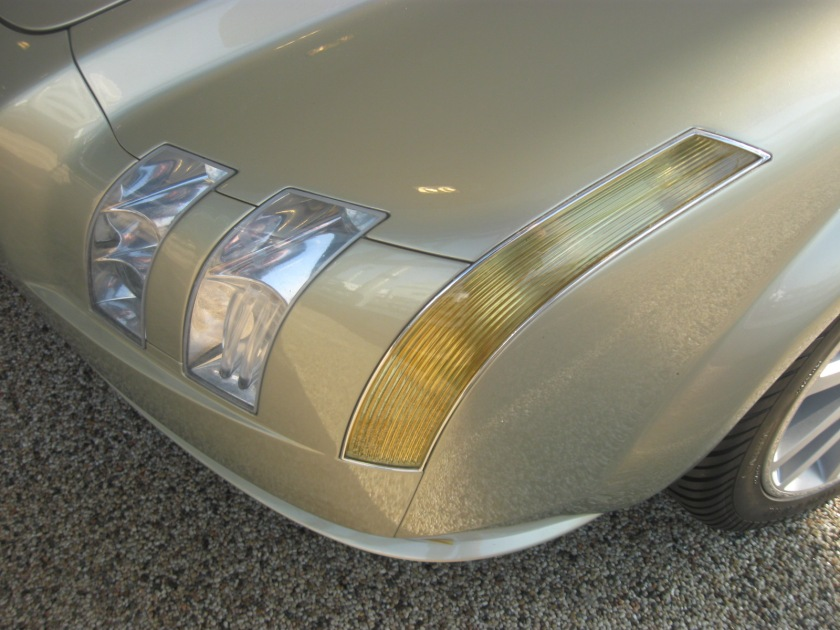 The headlamps of the 2002 Volvo LCC concept car.