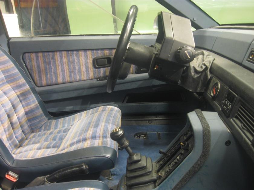 1983 Volvo LCP4 interior