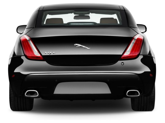 Jaguar's diagonal leaper