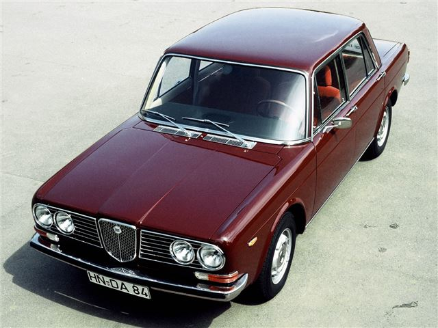 The car the Gamma was to replace - the dignified and well regarded 2000 Berlina