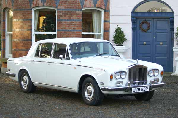 http://www.limousinesireland.com/wedding-cars-ireland.html