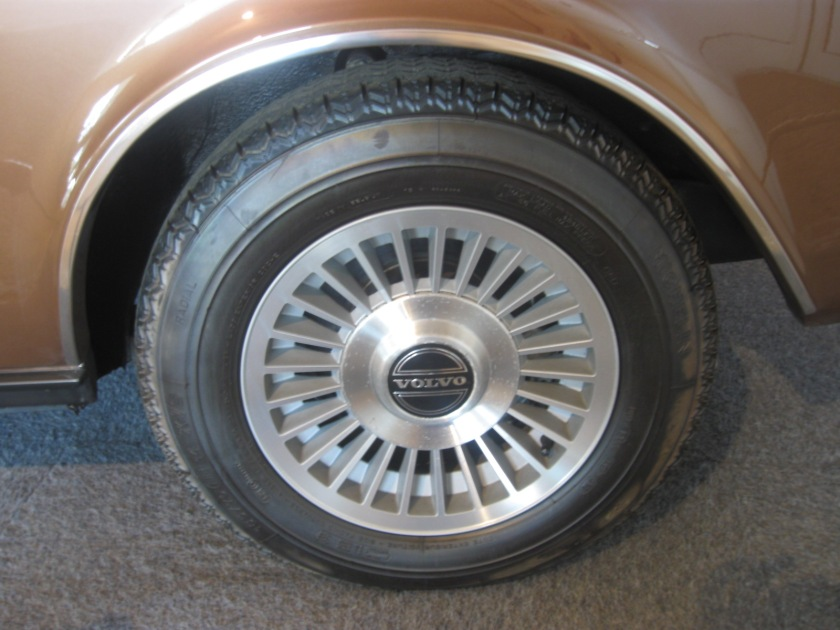 1977 Volvo 262 alloy wheels.