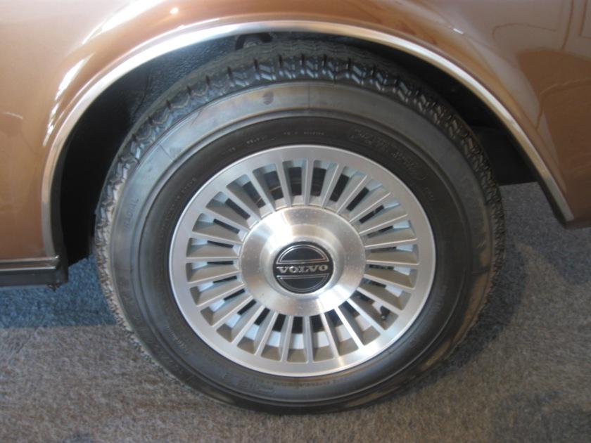 1977 Volvo 262 alloy wheels.