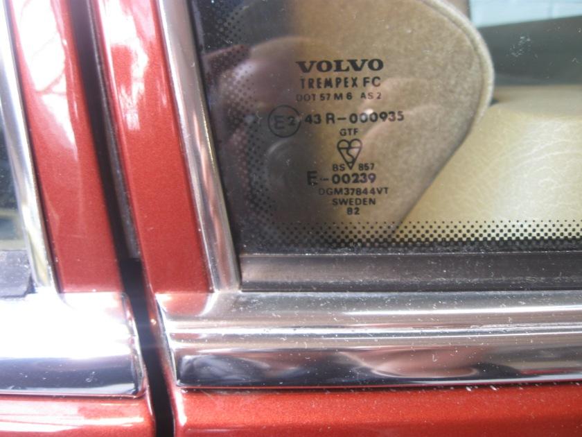 1982 Volvo 760 GLE door frame, detail.