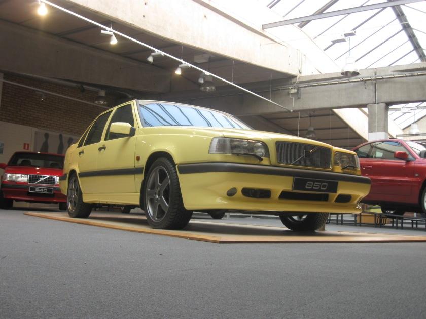 1991-1995 Volvo 850R