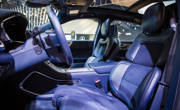 2017 Lincoln Continental interior in its Rhapsody form.
