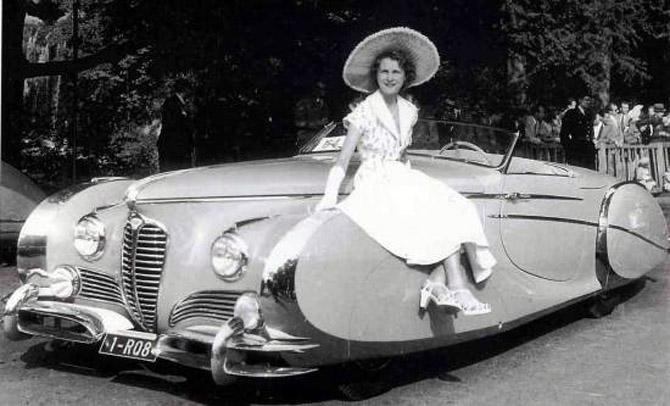 Saoutchik_Delahaye_175_S_Roadster_1949_26 coachbuild-com
