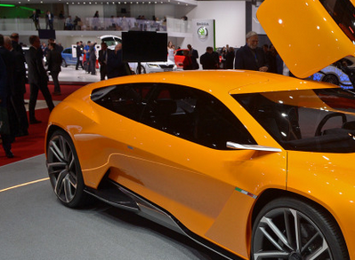 A bit of orange - the 2016 ItalDesign GTZero. The painted it that colour on the other side as well: source