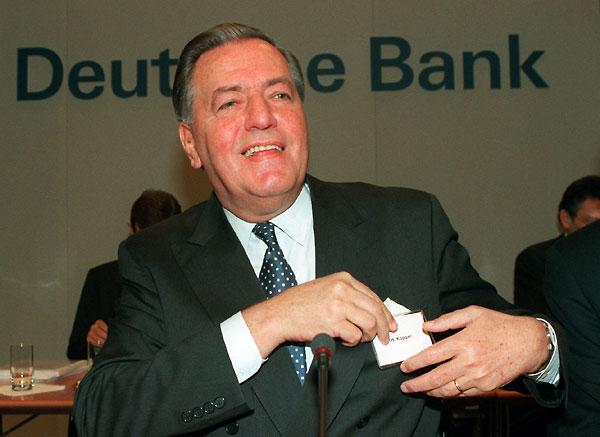 hilmar-kopper-war-ab-1989-an-der-spitze-der-deutschen-bank-kopper-bezeichnete-1994-auf-einer-pressekonferenz-die-schadenssumme-von-50-millionen-deutsche-mark-die-den-von-immobilien-pleitier-juergen