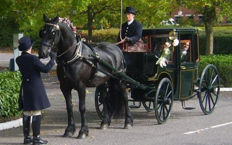 A True Brougham - image : graftoncarriagecompany.co.uk