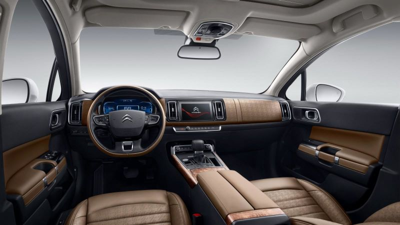 2016 Citroen C6 interior: source