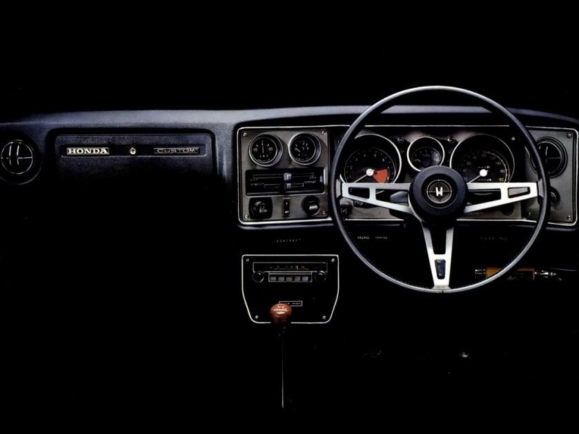 Honda 1300 B autoevolution-com