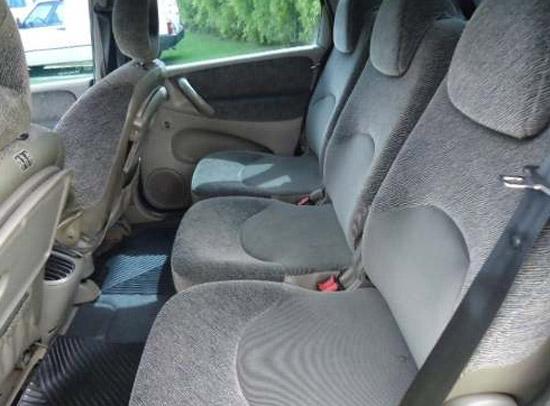 2006 Citroen Xsara Picasso inteior rear: source