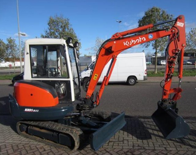 2007 Kubota digger: source