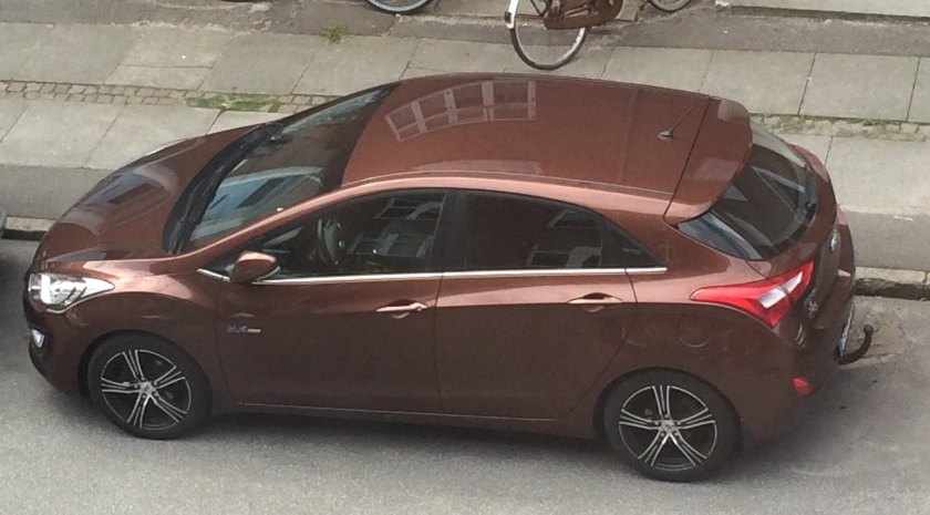 2016 Hyundai i30 on a street yesterday.