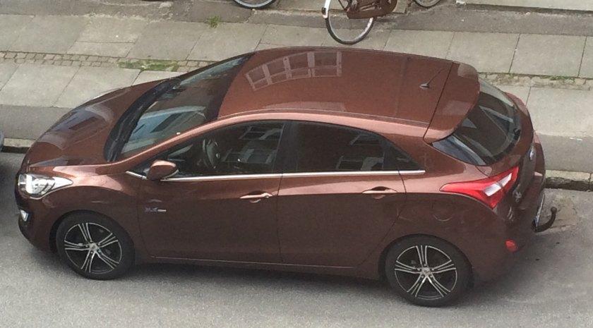 2016 Hyundai i30 on a street yesterday.