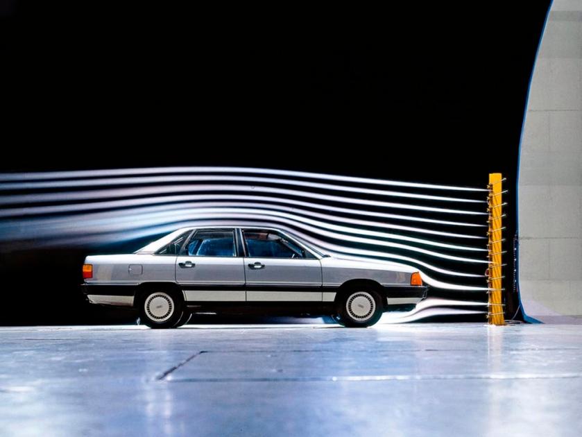 1982 Audi 100 - image : drive-my.com