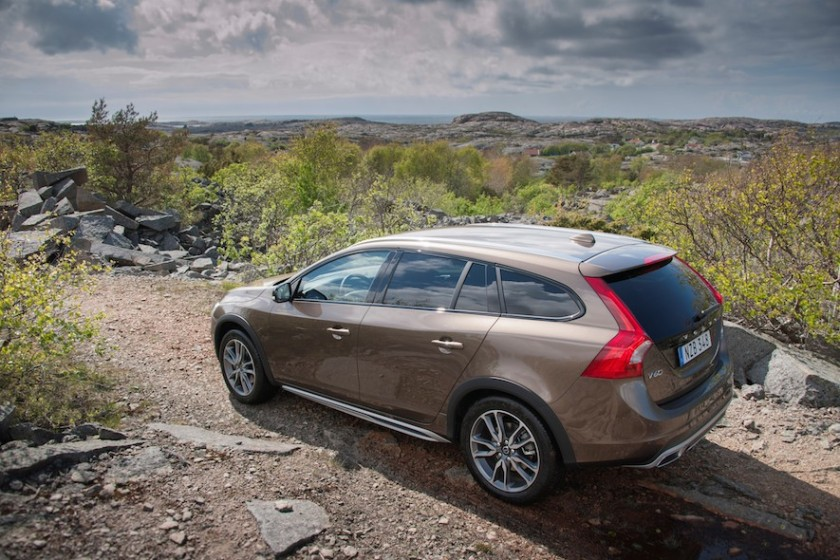 The V60 Cross Country in its unnatural habitat. Image:wheels.ca