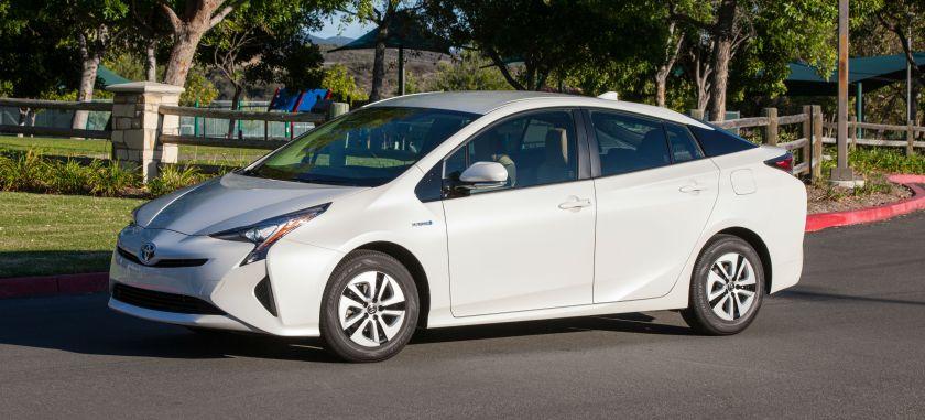 2016 Toyota Prius: source