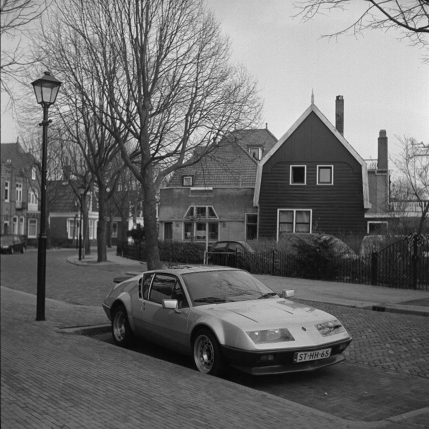 Renault in NL Dorpje