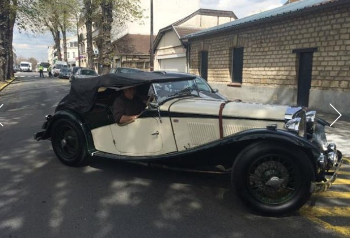 1937 AC in Chantilly: source