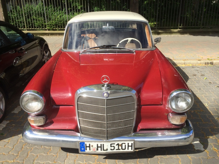 1961-1968 W110 200D Mercedes Benz