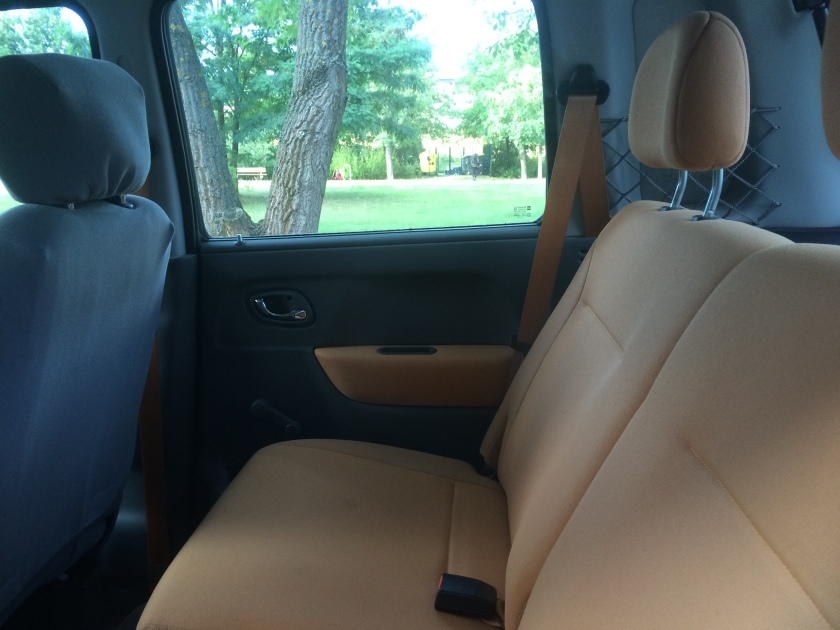 Opel Agila Njoy interior, rear.