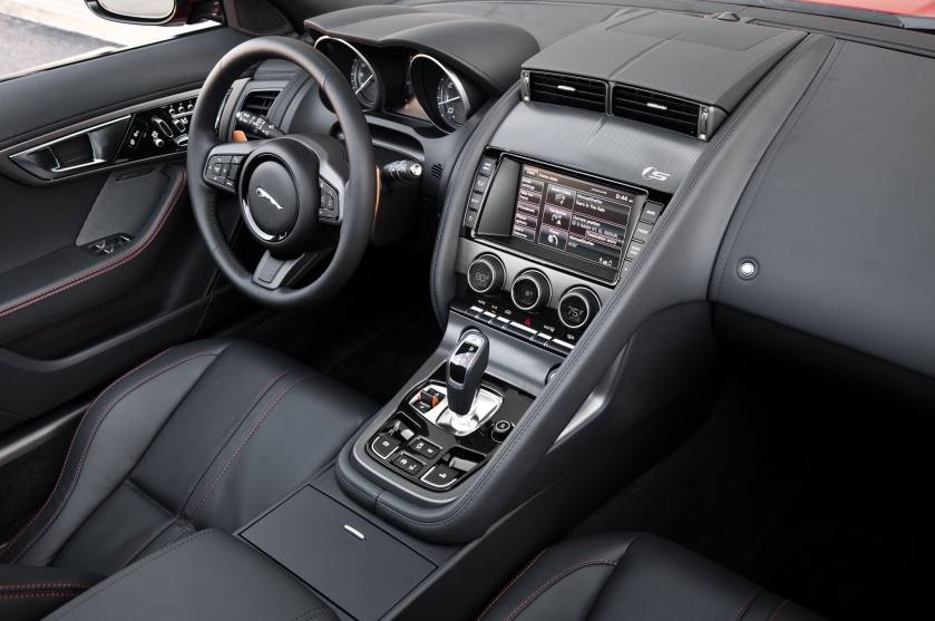 2014-jaguar-f-type-v6-s-roadster-interior-03