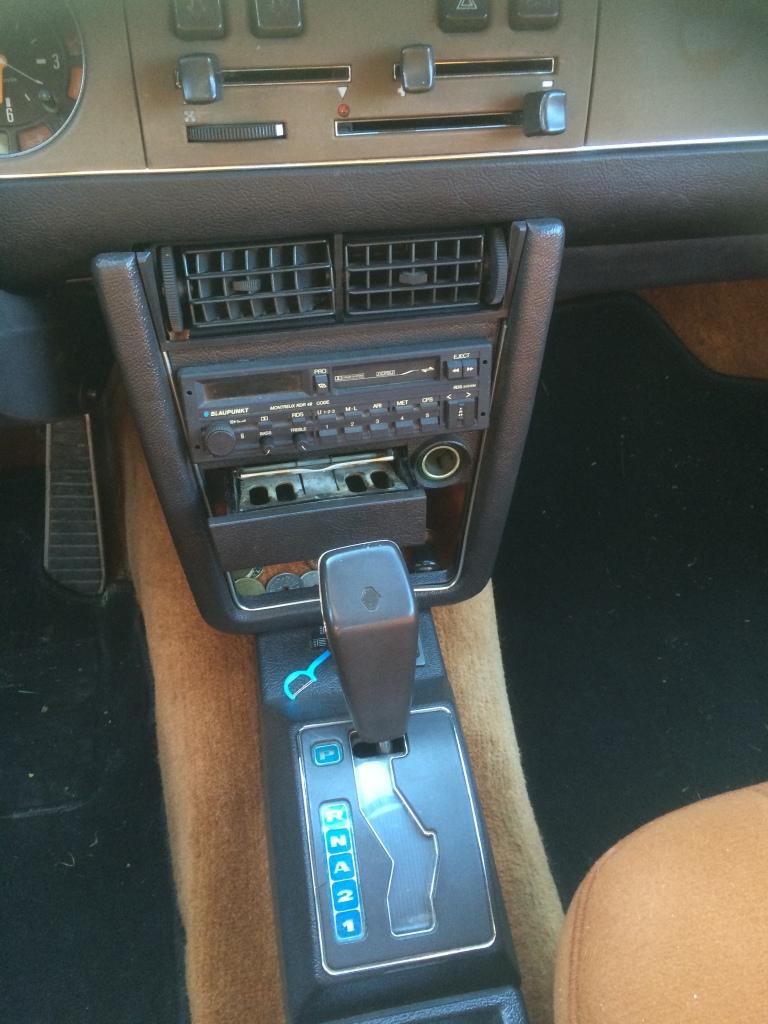 1976 Renault 30 driver's ashtray