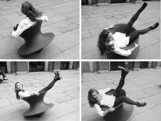 Heatherwick Studios Magis spinning chair - image : rosiedesign.co.nz