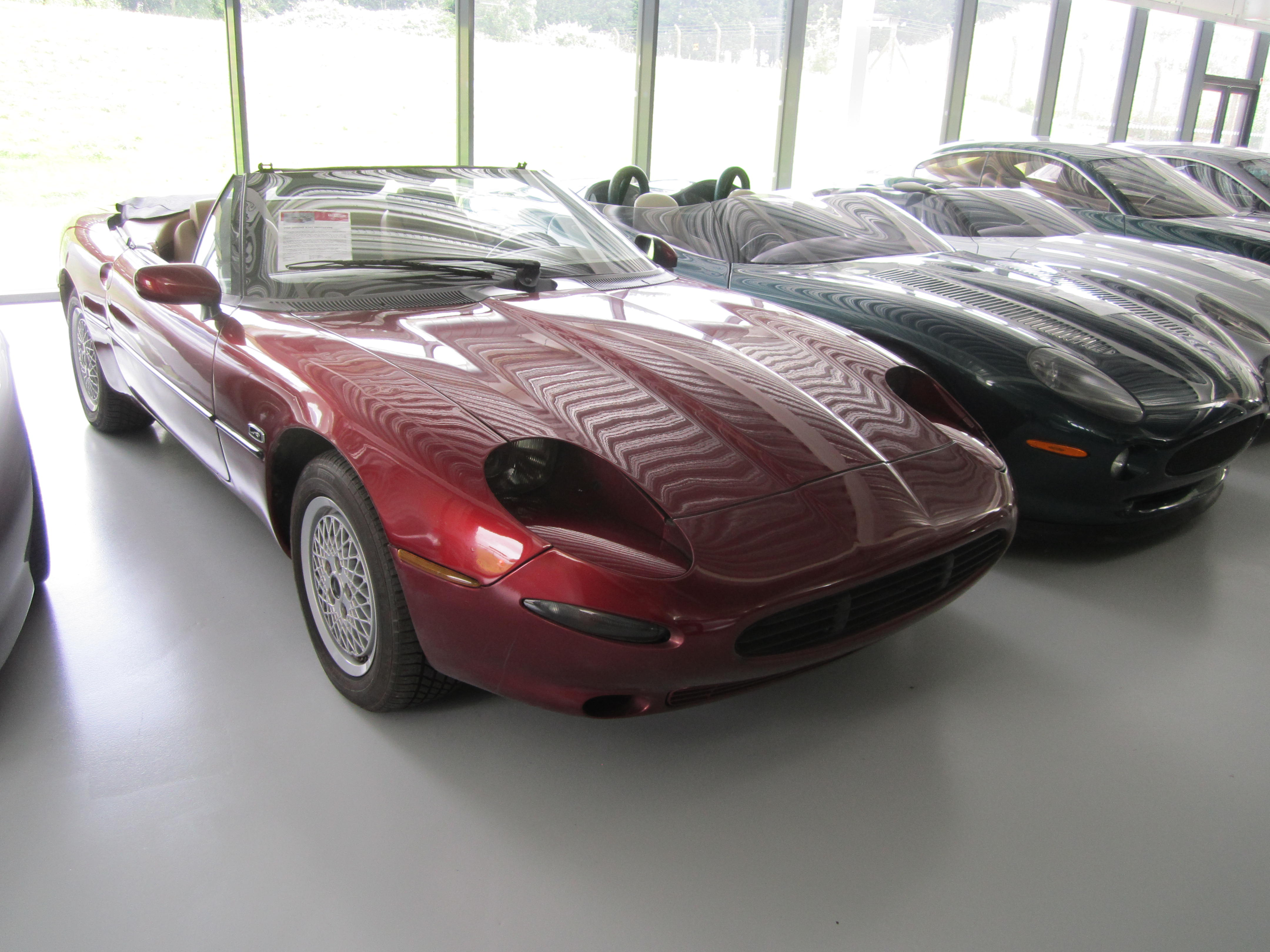sold convertible blanche carte the below to tap through images gallery jaguar scroll