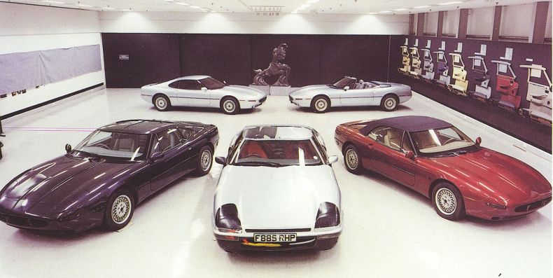 The XJ41/42 family. Image: http://boitierrouge.com