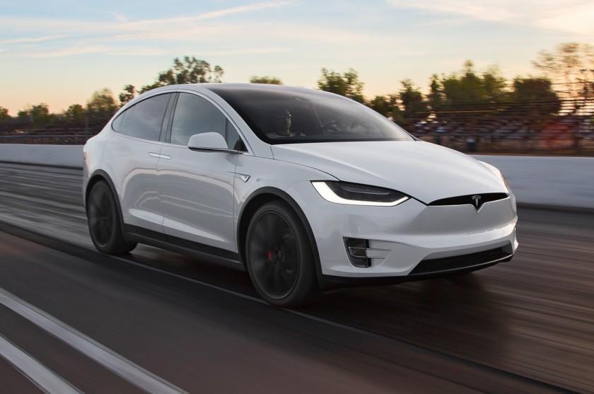 2016 Testa Model X: source