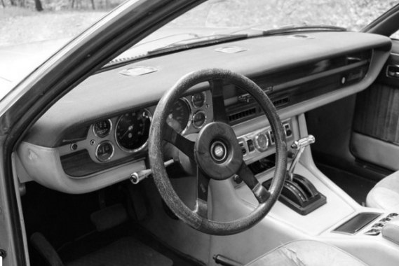 1978 De Tomaso Deauville interior: source