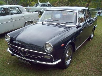 A 1971 FNM 2150 - image : hobbydb-com