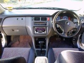 1998 Honda HR-V interior: source