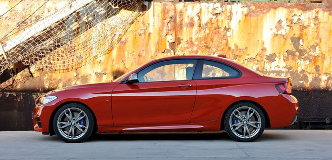 2014 BMW 2-series coupe: source