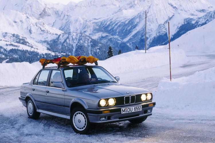 BMW's original 4WD, the 1985 325iX - image : bmwblog.com