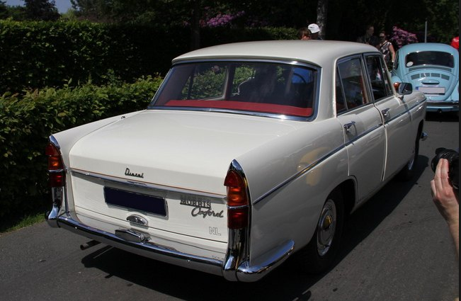 1961 Morris Oxford: source
