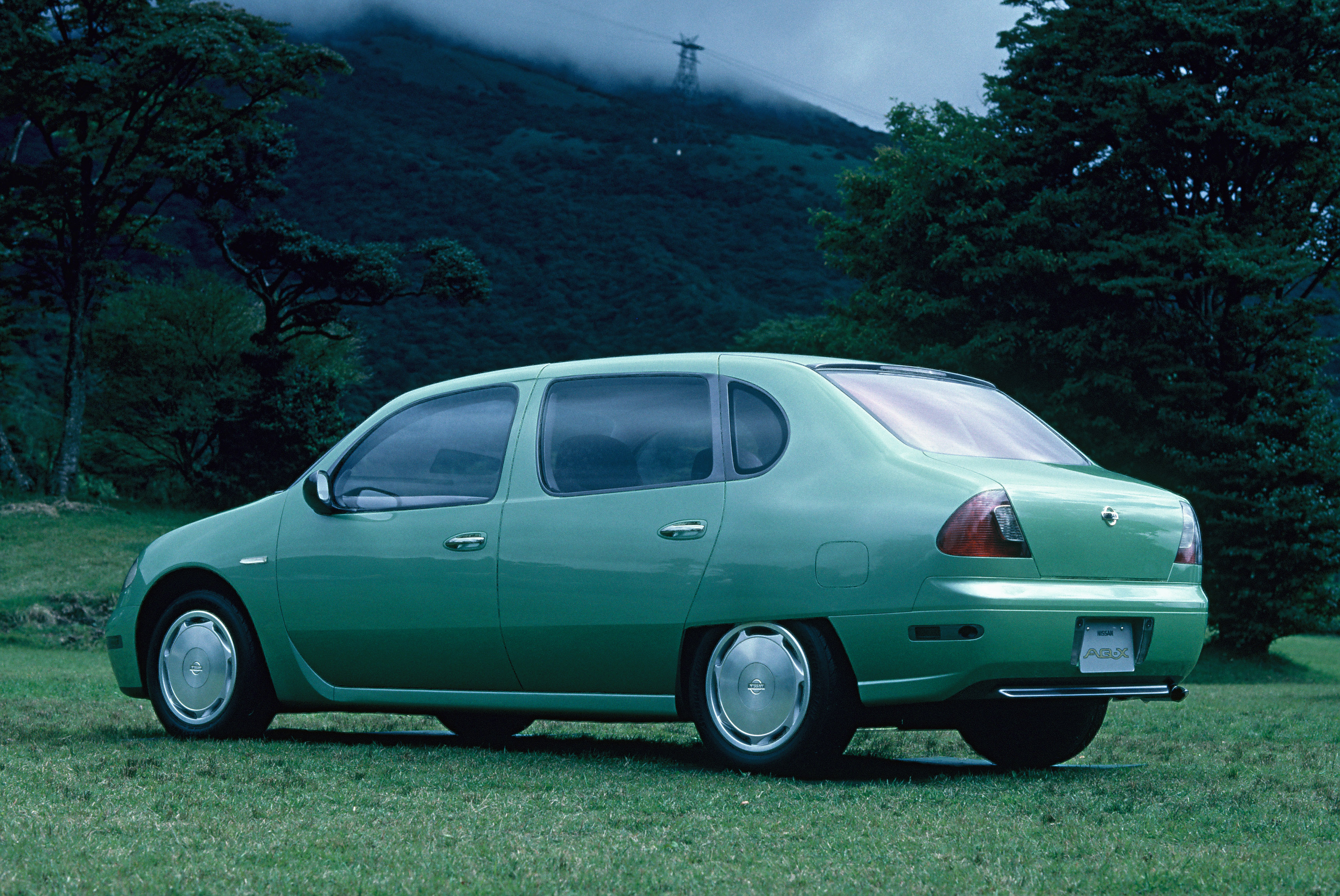 1993 Nissan AQ X: Source