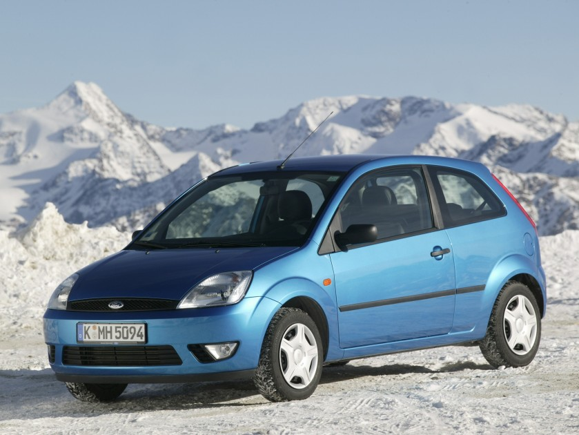 2002 Ford Fiesta: car rental bucharest