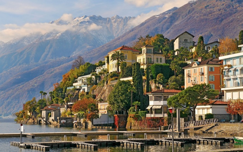 The other Ascona: source