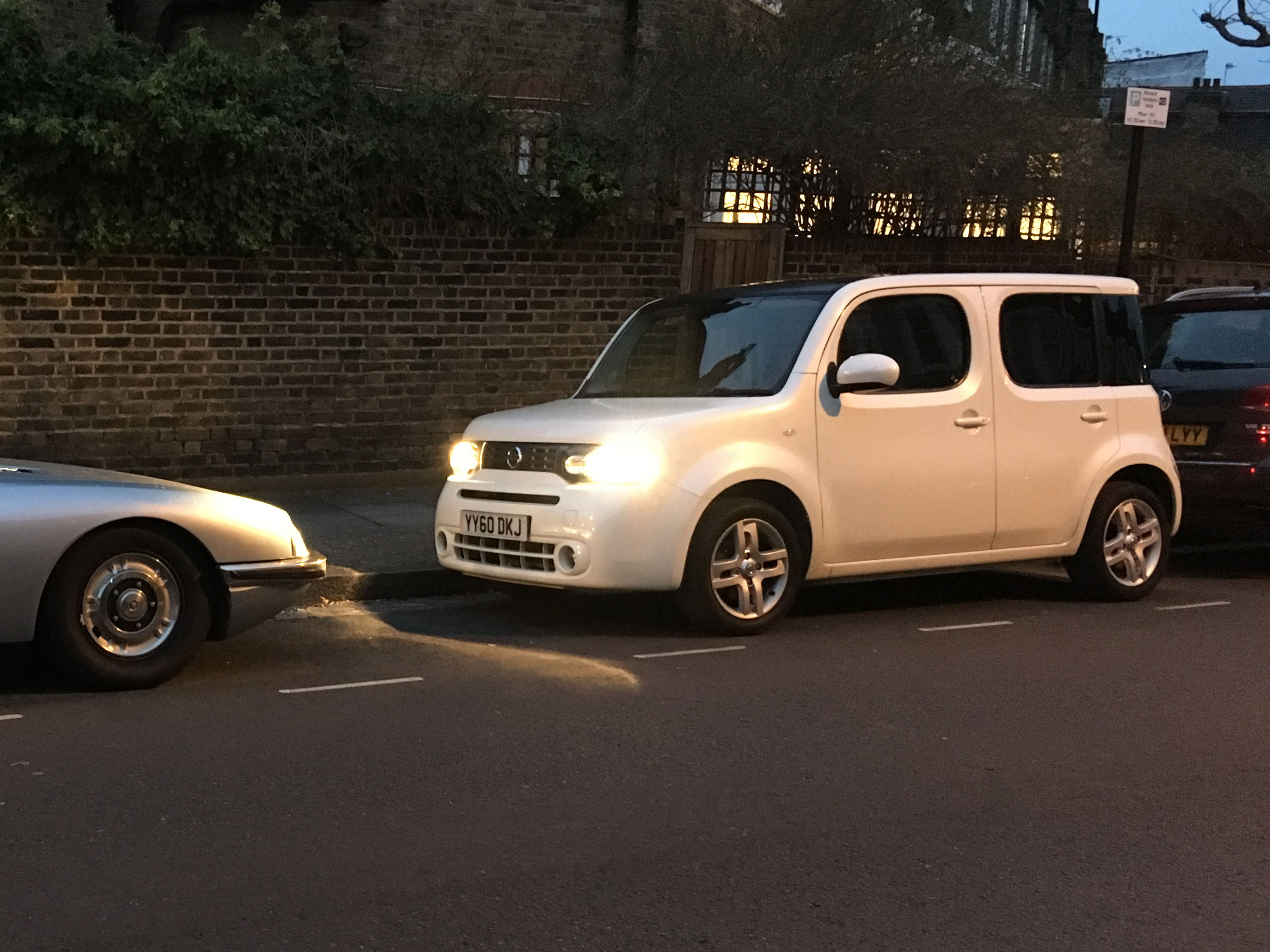 Our Cars – Nissan Cube : End Of Year Update – Driven To Write