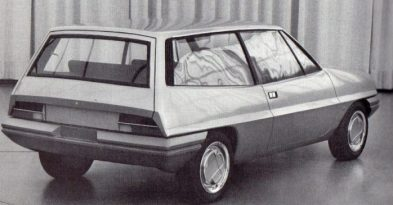 Also from early 1973, a station wagon 'Wolf' proposal by Tom Tjaarda at Ghia. Source: Edita