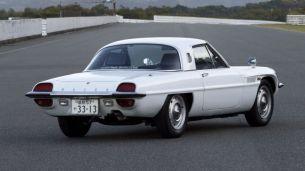1967 Mazda Cosmo. Image: drive