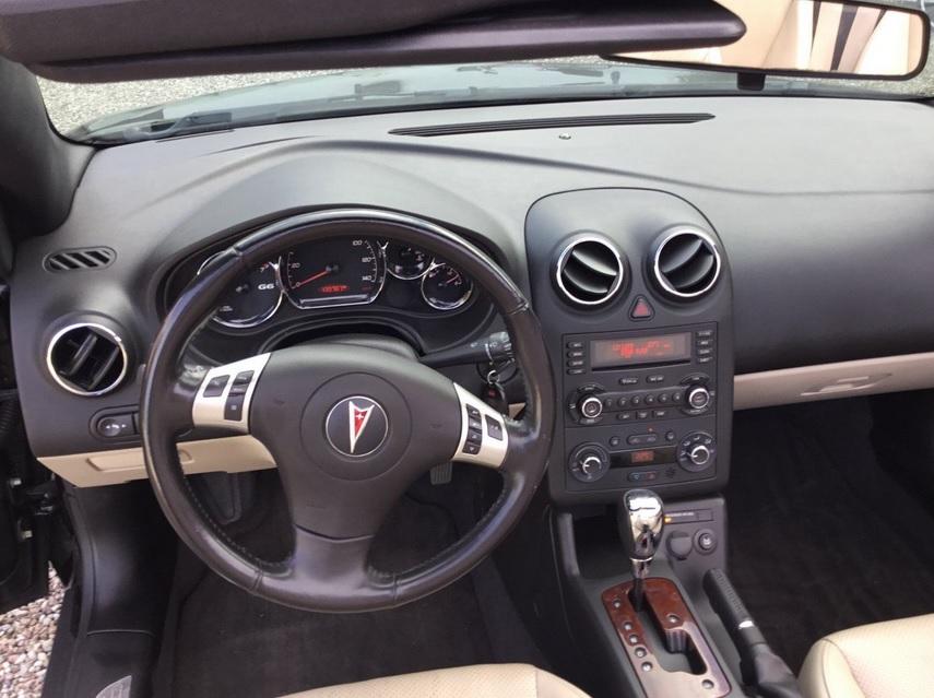 2007 Pontiac G6 Interior With Fake Wood Trim Fergodsake: Bilbasen.dk