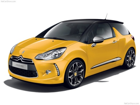 Yellow appearance of 2011 Citroen DS3