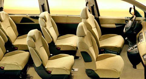 2002 Lancia Phedra interior: source