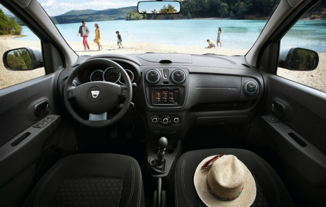 Lodgy-Stepway-interior